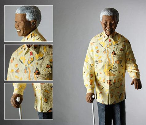 Mandela Statuette by Victor Nkuna